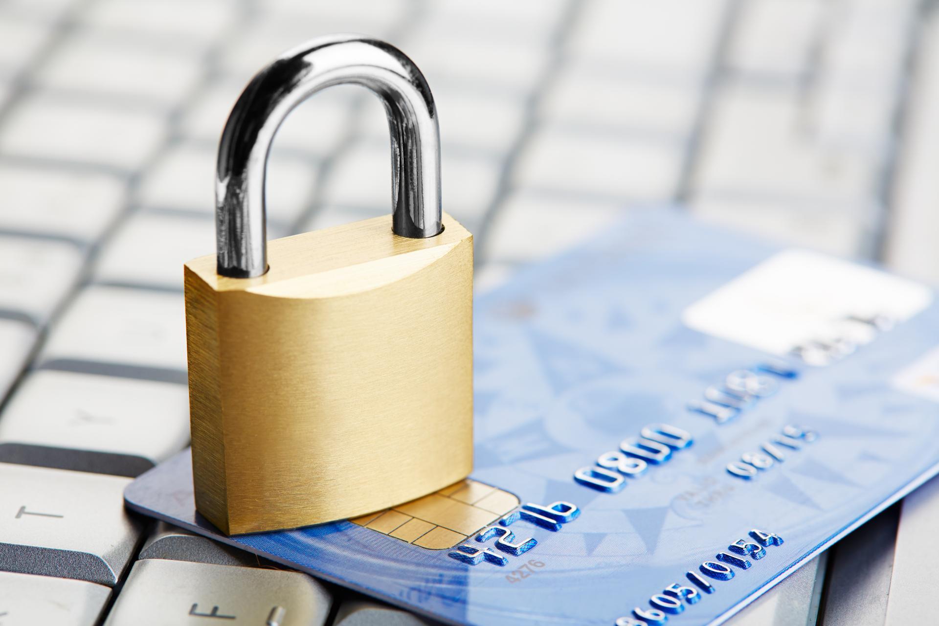 Новое основание для блокировки счета в банке: теперь нужно доказать не только «откуда деньги»