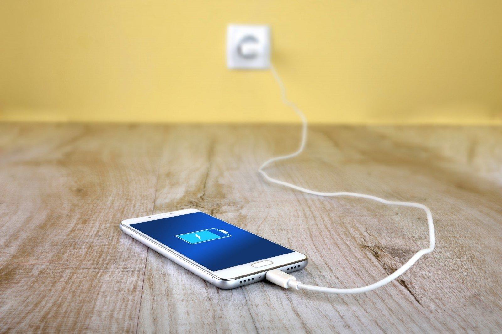 Самые полезные советы по обращению с аккумулятором смартфона