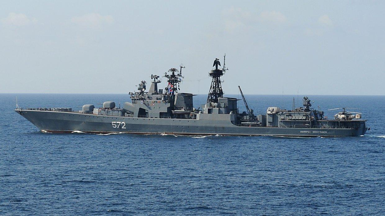 Поведение российских моряков при сближении с американским крейсером ВМС