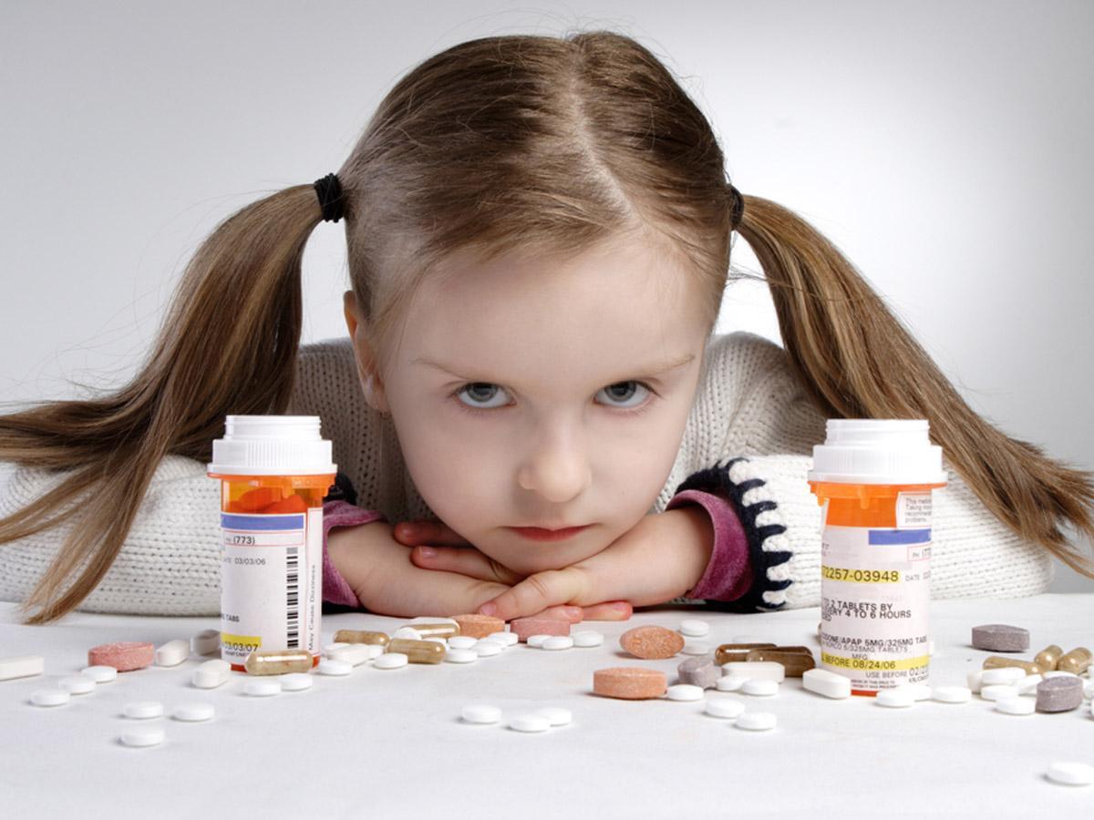 Что делать маме при первых признаках детского пищевого отравления