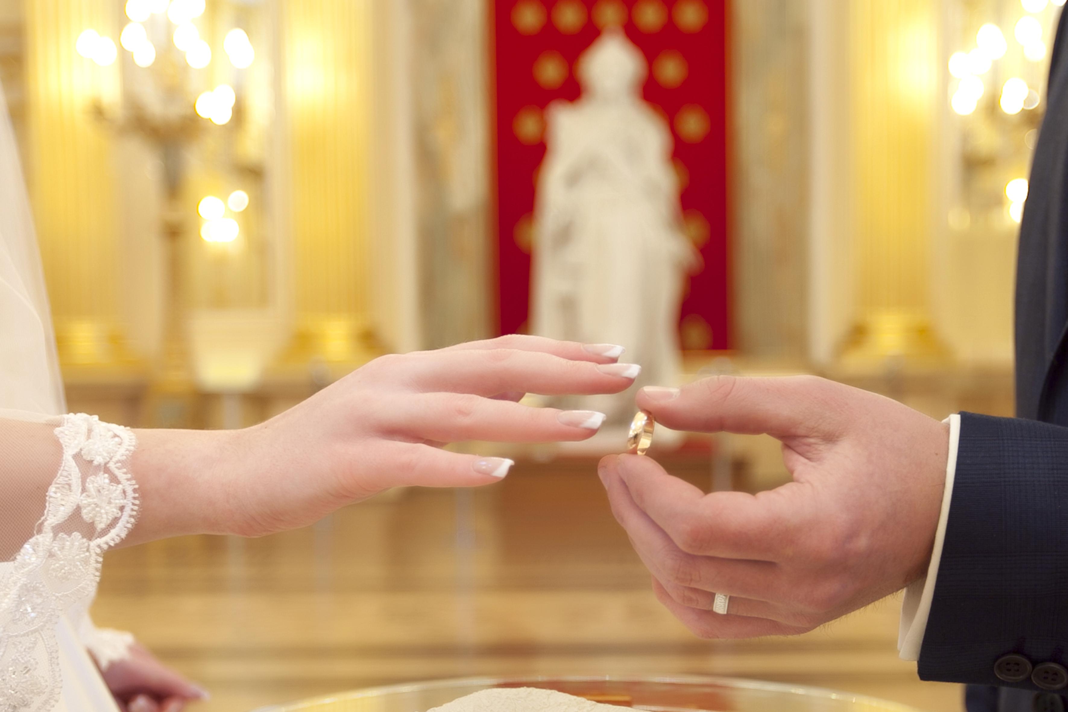 Почему для россиян регистрация брака – обязательный процесс