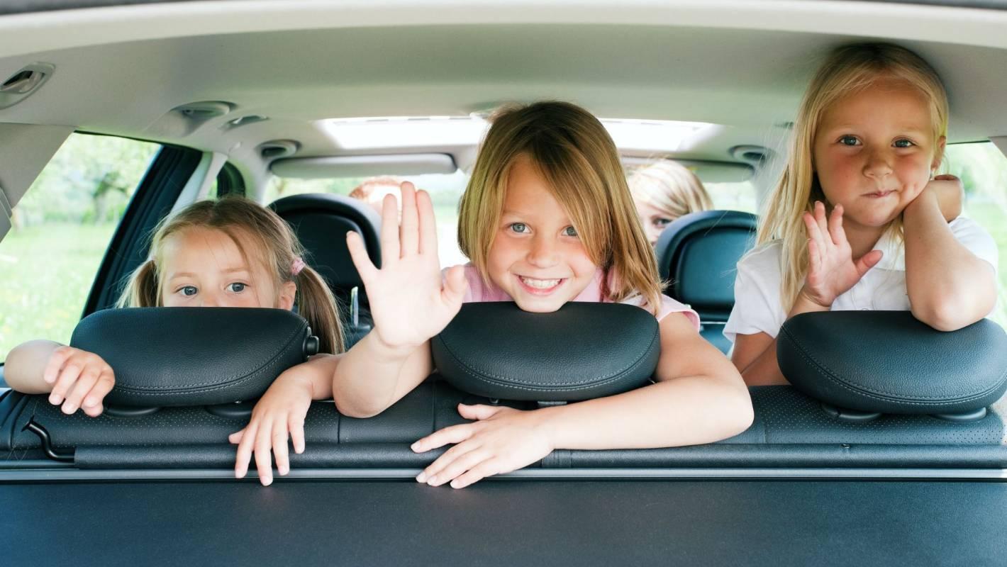 Готовимся к поездке с ребенком на отдых правильно: что взять и что окажется лишним
